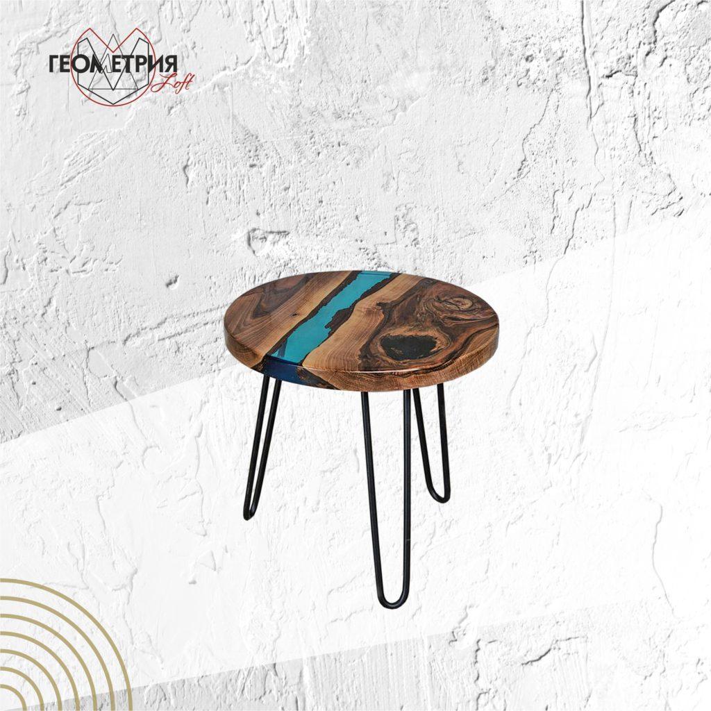 Кофейный столик со смолой