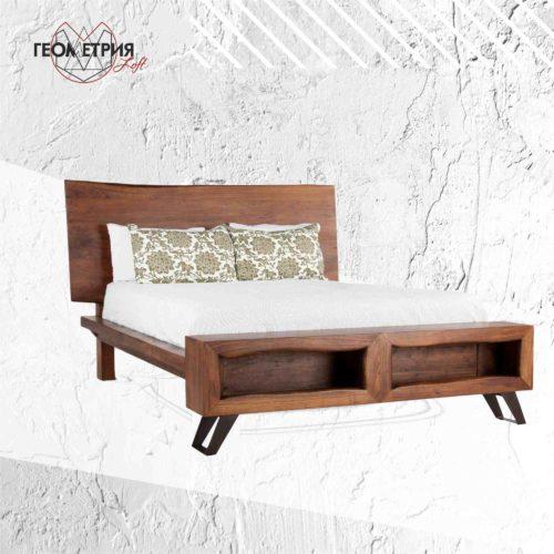 Двухместная кровать из дерева