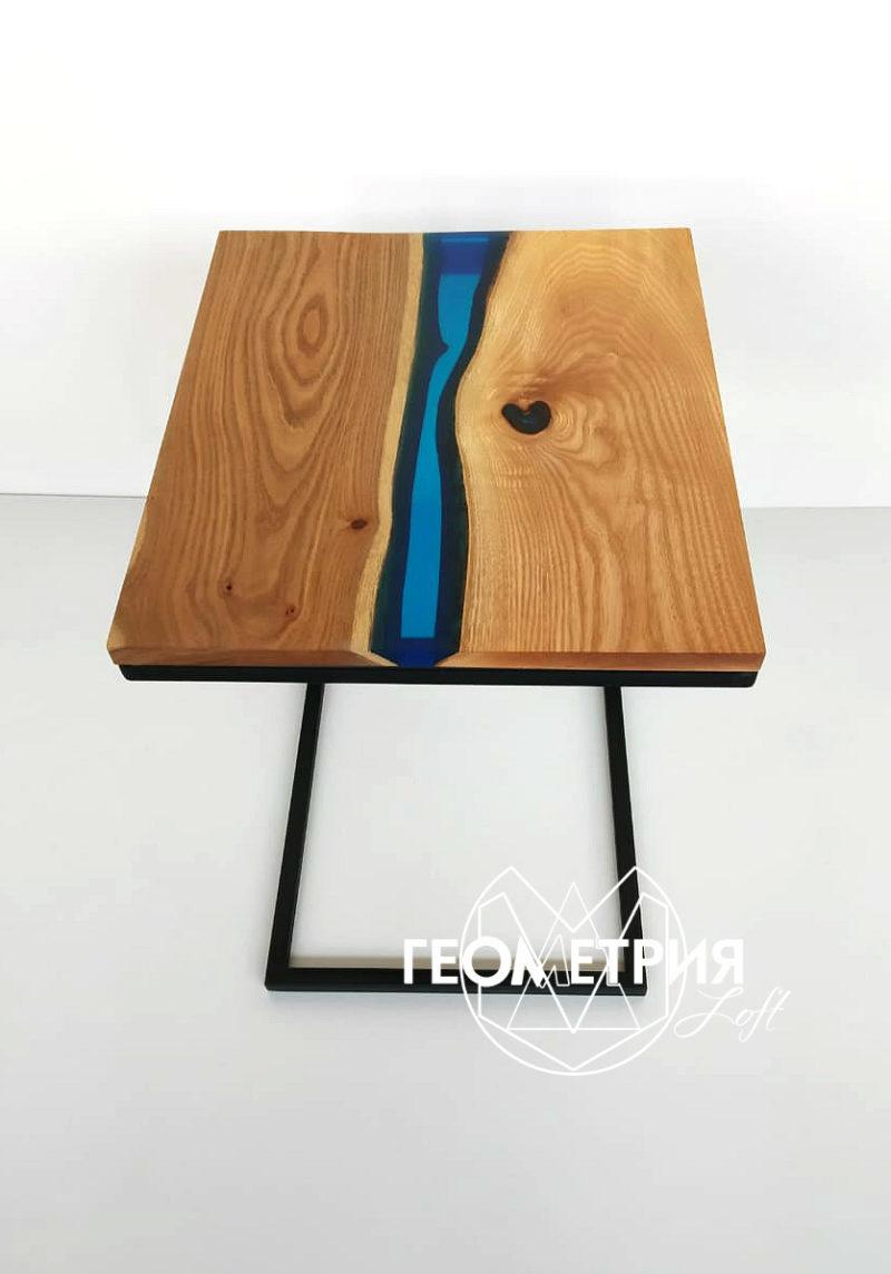 Придиванный кофейный столик с эпоксидной смолой. Артикул zr-11 2